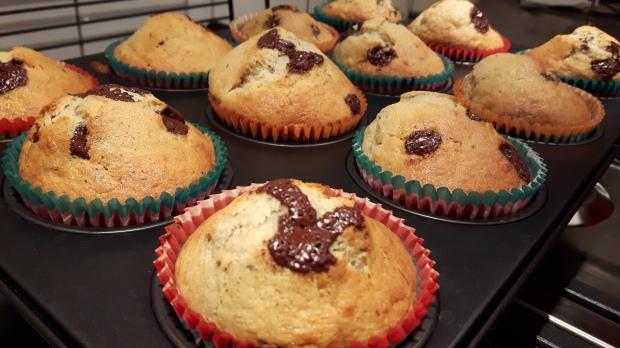 caixote-2-e-muffin-de-banana_24397305276_o