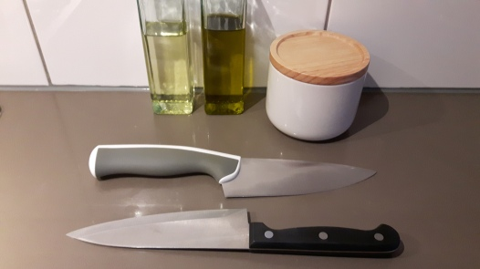 facas
